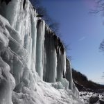 氷瀑スノートレッキング!厳冬期のアドベンチャーツアー